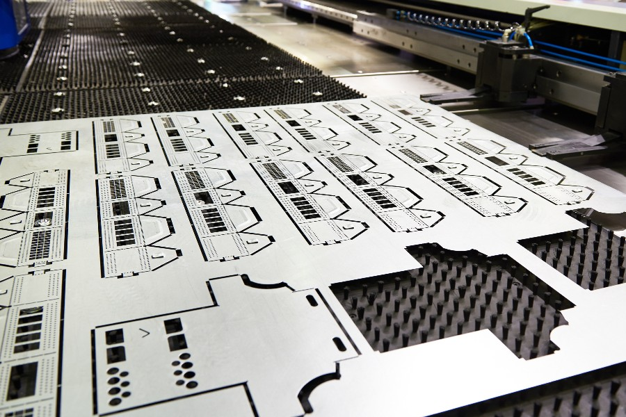 Laser and waterjet cutting for industrial automation
