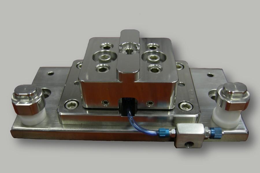 Ultrasonic Welding Nest Used for Dual Flow Medical Valves
